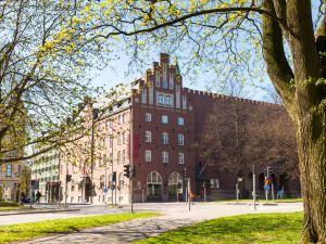 林雪平斯堪迪克富力姆拉爾酒店