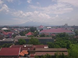 日惹默拉皮默巴布酒店及度假中心(Merapi Merbabu Hotels & Resorts Yogyakarta)