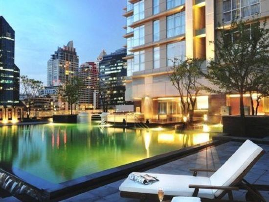 曼谷撒通維斯塔萬豪行政公寓(Sathorn Vista, Bangkok - Marriott Executive Apartments)室外游泳池