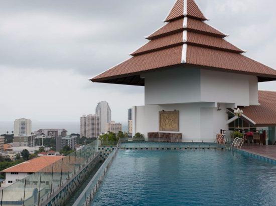 愛雅拉大酒店(Aiyara Grand Hotel)室外游泳池
