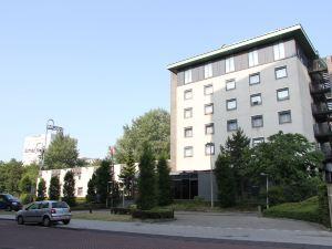 鹿特丹亞歷山大堡壘酒店