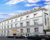 艾爾個納酒店