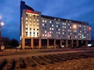 華沙老城宜必思酒店