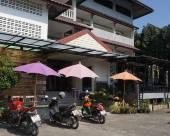 OYO 643 清萊考克景觀酒店