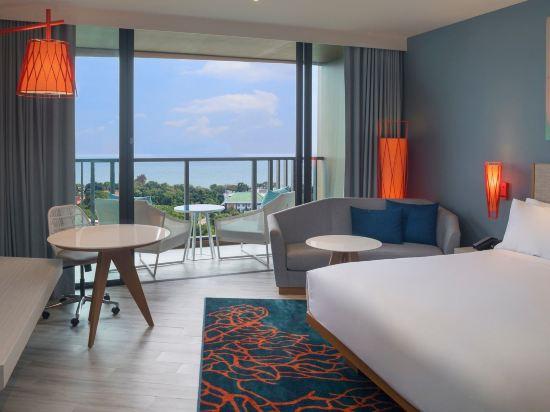華欣瓦納納瓦假日酒店&度假村(Holiday Inn Resort Vana Nava Hua Hin)海景特大號床間