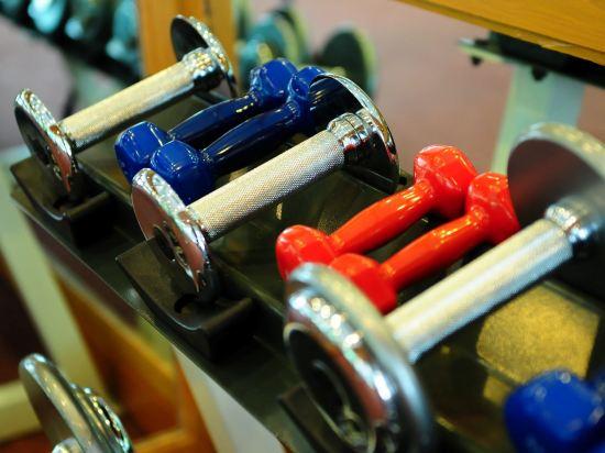 隆齊中間點大酒店(Grande Centre Point Hotel Ploenchit)健身娛樂設施