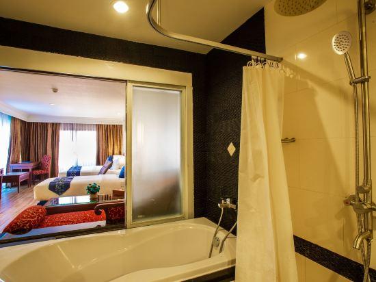 花築·芭堤雅海豚灣酒店(Floral Hotel · Dolphin Circle Pattaya)精緻家庭房
