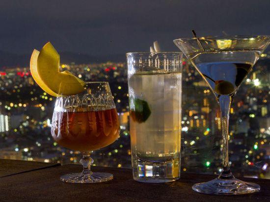福岡海鷹希爾頓酒店(Hilton Fukuoka Sea Hawk)酒吧