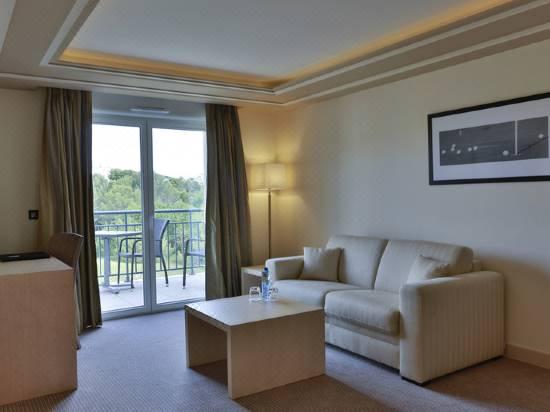Hotel Spa De Fontcaude Hotel Reviews And Room Rates Trip Com