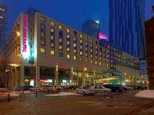 華沙中心美居酒店