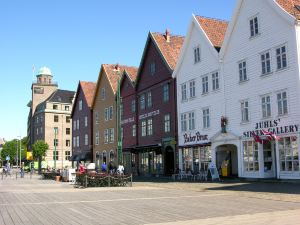 卑爾根克拉麗奧黑紋空特里酒店