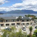 布倫納湖酒店(Hotel Lake Brunner)