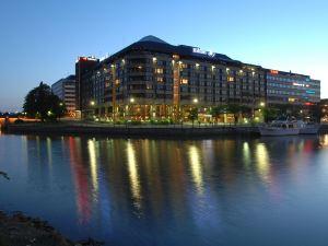 赫爾辛基斯特蘭德希爾頓酒店