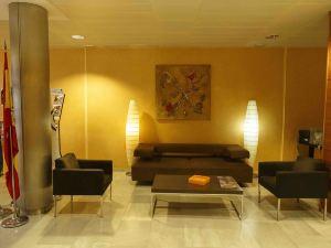 瑟雷諾酒店(Hotel Serrano)