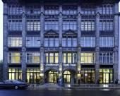 華爾街柏林麗亭酒店