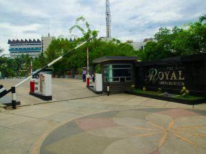 棉蘭皇家套房公寓酒店(Royal Suite Condotel Medan)