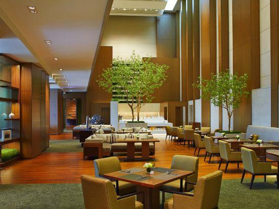 大阪萬豪酒店(Osaka Marriott Miyako Hotel)一卧室行政轉角套房