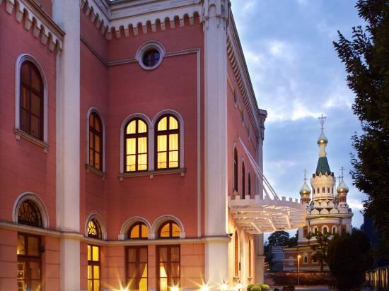 維也納皇家馬術學校萬麗酒店