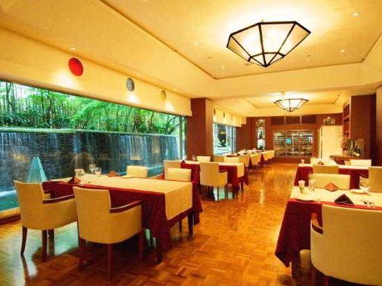 西鐵格蘭酒店(Nishitetsu Grand Hotel)餐廳