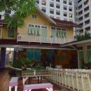 巴尼達套房酒店(Panida Suite Hotel)