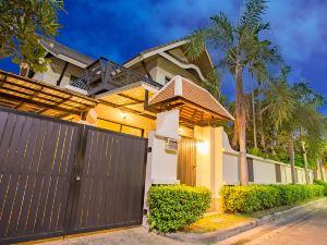 芭堤雅納查泳池別墅(Natcha Pool Villa Pattaya)