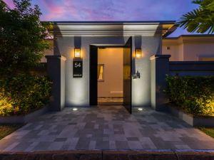 奢華游泳池 54 別墅酒店(Luxury Pool Villa 54)