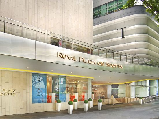 Royal Plaza on Scotts