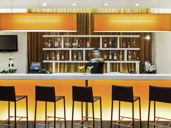 芭堤雅宜必思酒店(Ibis Pattaya)酒吧