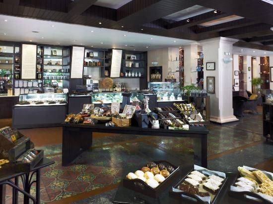 曼谷河畔安納塔拉度假酒店(Anantara Riverside Bangkok Resort)咖啡廳