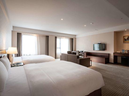 台中來來商旅(Lai Lai Hotel)豪華四人間
