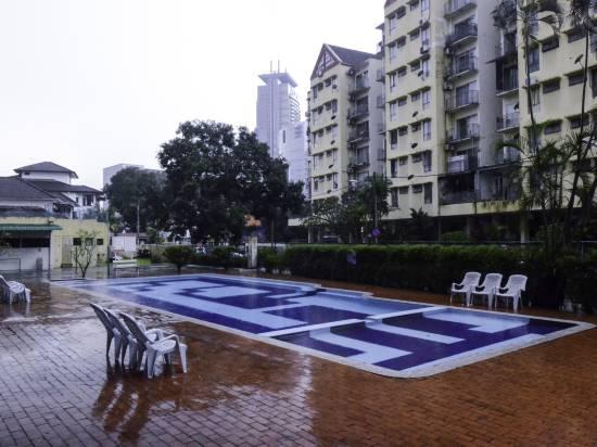 吉隆坡522帕拉迪恩三卧室OYO公寓