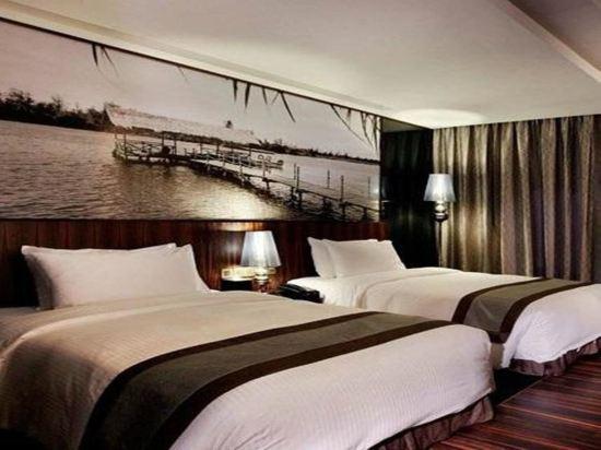豪麗勝酒店(Horizon Hotel)高級城景雙床房