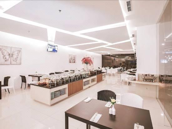 The Azana Hotel Airport Semarang Reviews For 3 Star Hotels In Semarang Trip Com