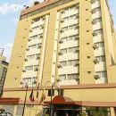 雷鳥比賽賭場酒店(Thunderbird Carrera Hotel & Casino)