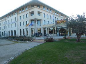 阿維尼翁庫緹娜TGV車站基利亞德酒店(Hotel Kyriad Avignon - Courtine Gare Tgv)