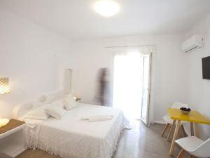 拿索斯幸福套房酒店(Naxos Euphoria Suites)