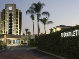 蒙羅維亞希爾頓逸林酒店 - 帕薩迪納區