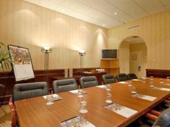 倫敦肯辛頓千禧國際百麗酒店(The Bailey's Hotel London)會議室