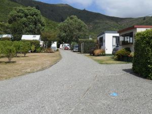 懷卡瓦灣度假公園汽車旅館(Picton's Waikawa Bay Holiday Park and Park Motels)