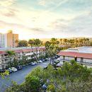 戴斯聖迭戈酒店 - 靠近海洋世界