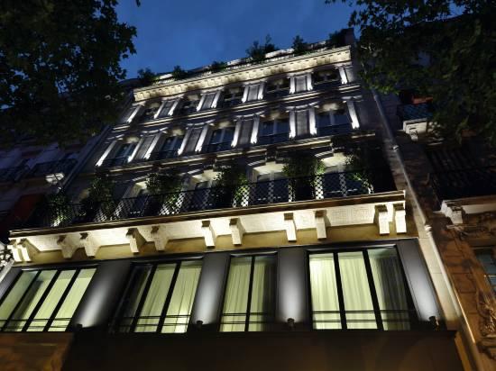 巴黎阿斯托利亞塞瓦斯托波爾123酒店