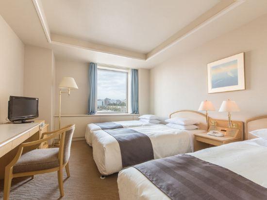札幌公園飯店(Sapporo Park Hotel)園景標準三人房