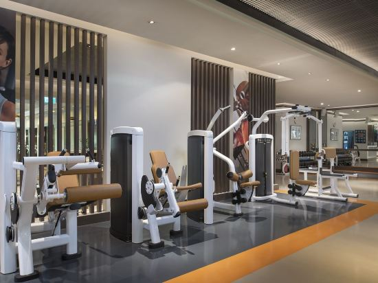 曼谷河畔安納塔拉度假酒店(Anantara Riverside Bangkok Resort)健身房