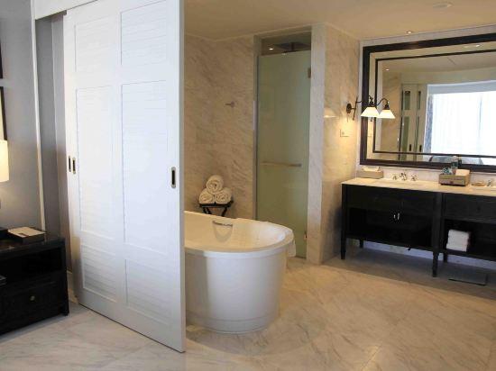 華欣洲際度假酒店(InterContinental Hua Hin Resort)高級特大床套房