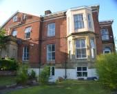 曼徹斯特皇后旅館