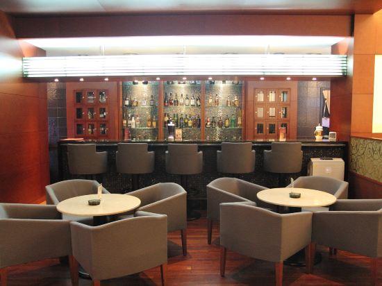 總統酒店(Hotel President)酒吧