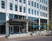 新奧爾良特羅巴多爾酒店,希爾頓酒店 , Tapestry