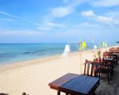 蘭塔自然海灘度假村