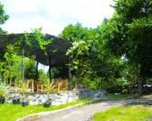 九重葛天堂旅館及露營地
