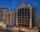 迪拜德伊勒温德姆華美達酒店